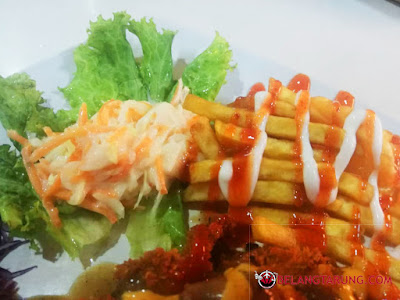 Coleslaw dan Fries