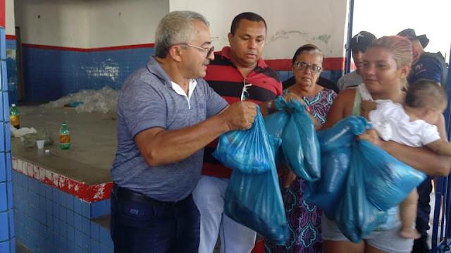 Prefeitura de Olho d' Água do Casado realiza a entrega de Cestas do Jejum da Semana Santa