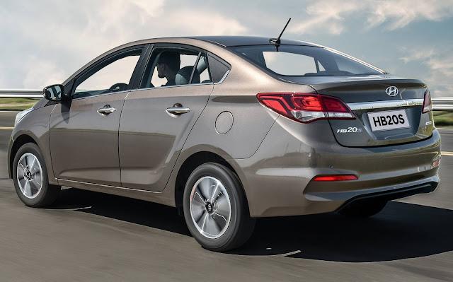 Hyundai HB20S Automático - R$ 73 mil