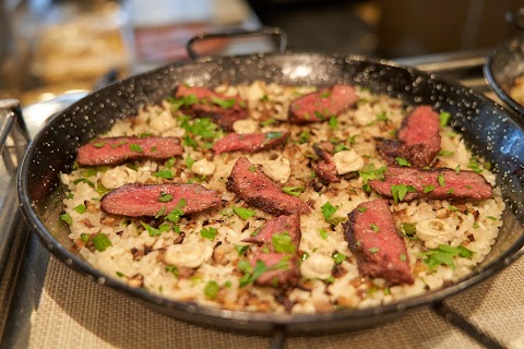 A Taste of the Mediterranean at Restaurant Tapenade: New Signature Dishes and An Enhanced Salad Room