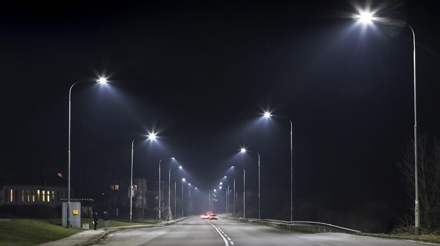 Στη συντήρηση και αποκατάσταση του ηλεκτροφωτισμού στο οδικό δίκτυο της Π.Ε. Καρδίτσας προχωρά η Περιφέρεια Θεσσαλίας