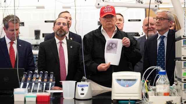 حملة ترامب تسير كالمعتاد خلال وباء فيروس كورونا
