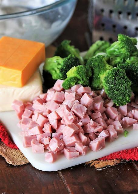 Cheesy Ham & Broccoli Casserole Ingredients Image