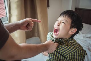 كيف تُربي أبناءك بشكل صحيح؟