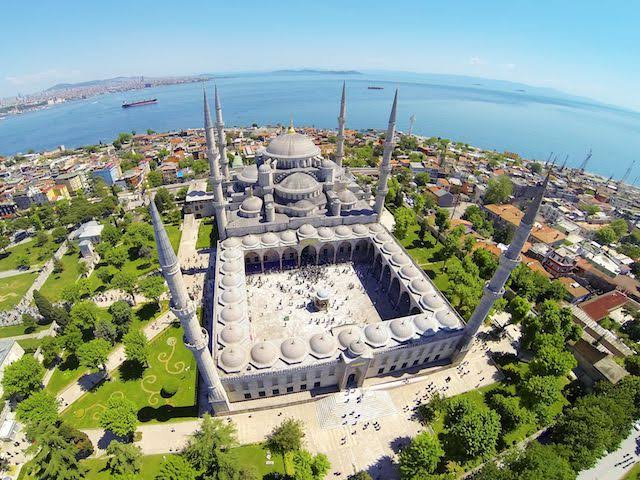 بالفيديو : لماذا حوّل محمد الفاتح كنيسة آيا صوفيا إلى مسجد ؟
