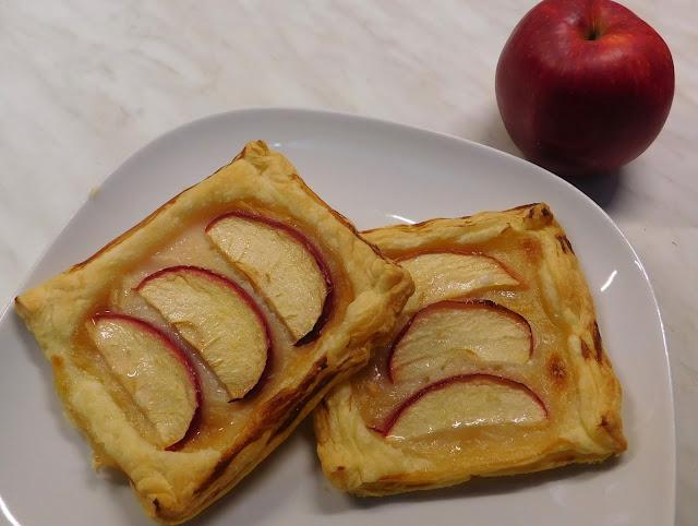 Blätterteig Apfel Schnitten, Blätterteig Apfel Karamellpudding, Blätterteig Pudding, Blätterteig Apfel Pudding