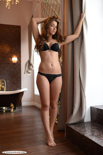 Casual Bottomless Girls - ruzanna_a_23_69839_1.jpg