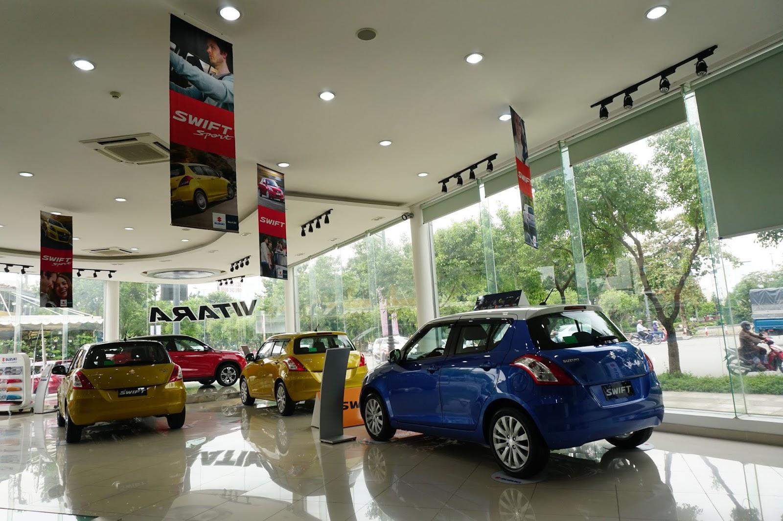 Những chiếc xe Swift, Vitara, Ertiga, Ciaz tuyệt đẹp được trưng bày ở khu vực ô tô