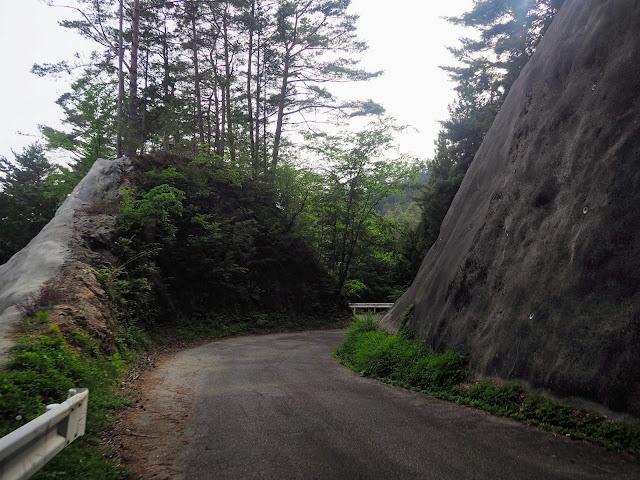 林道帯那山線