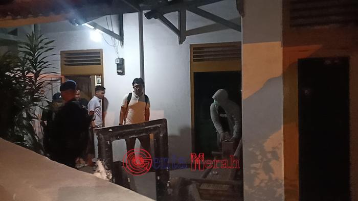 Setelah Rumah Sek Inspektorat, Tim KPK Geledah Rumah Kerabat Dekat Agung Ilmu Mangkunegara