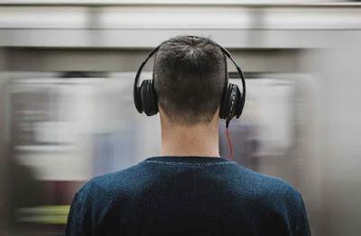 ما هو سبب طنين الأذن؟