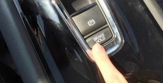 AC Mobil Tidak Dingin, Begini Solusi Tepatnya