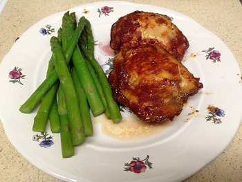 BBQ Chicken Thighs with Steamed Asparagus