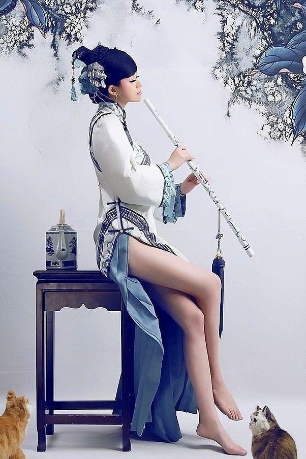 Thương Hoa Tiếc Ngọc