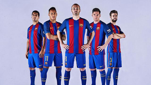 El Barça presenta su nueva camiseta