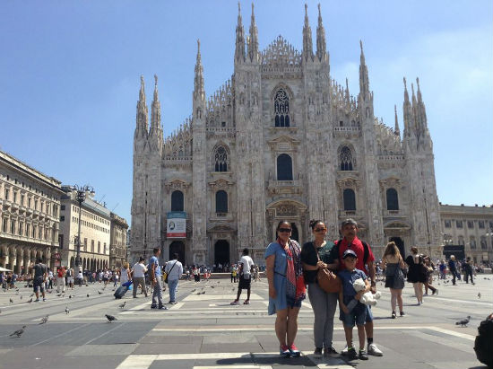 Bangunan bersejarah di Milan Italia