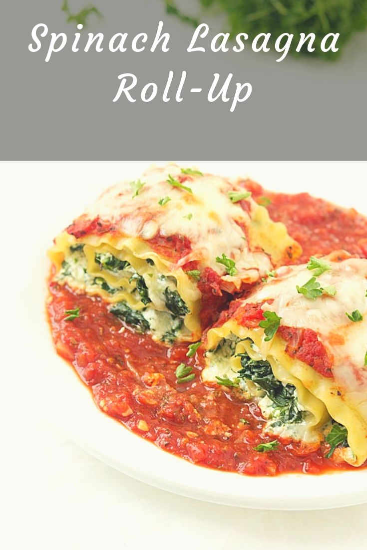 Perfect recipe for weekend dinners with the family. So delicious and healthy, you can prepare this Spinach Lasagna Roll-Up without any difficulties!