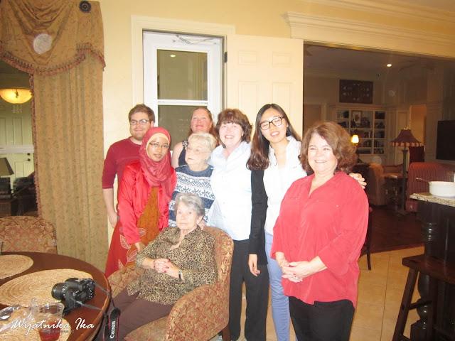 Merayakan Thanksgiving Bersama Keluarga Taylor