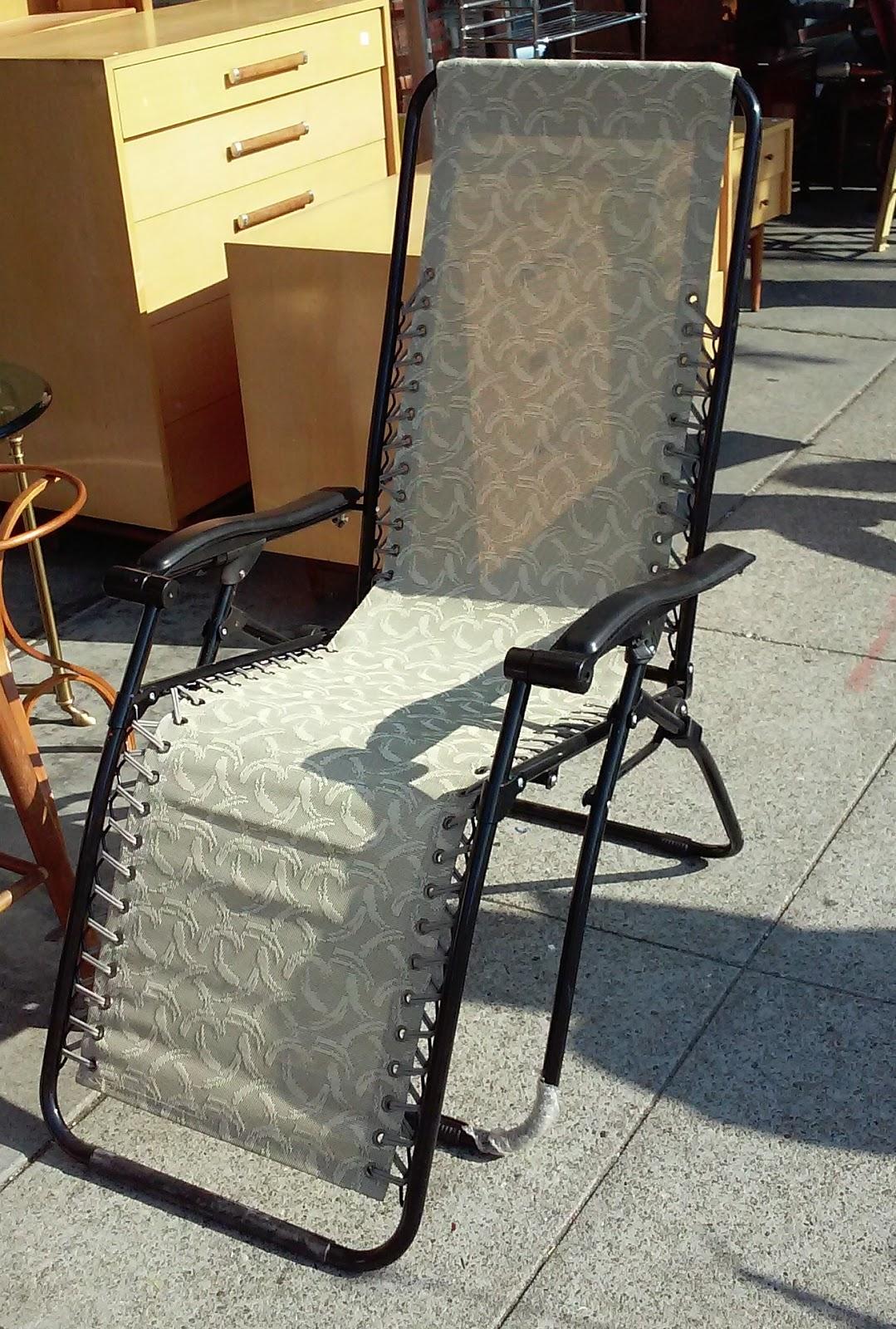 Uhuru Furniture Collectibles Sold 4279 Alpine Design Folding