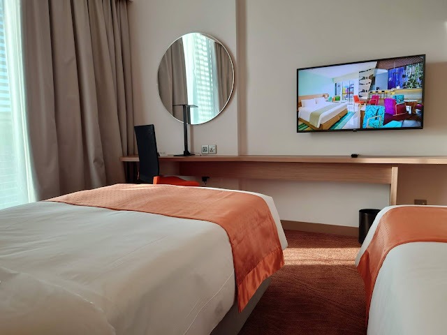 One Night Staycation at Holiday Inn Express Kota Kinabalu City Centre