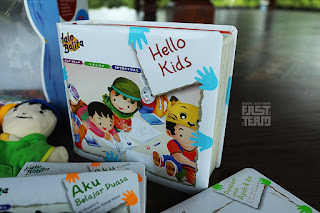 Big Book Halo Balita Versi Ingris