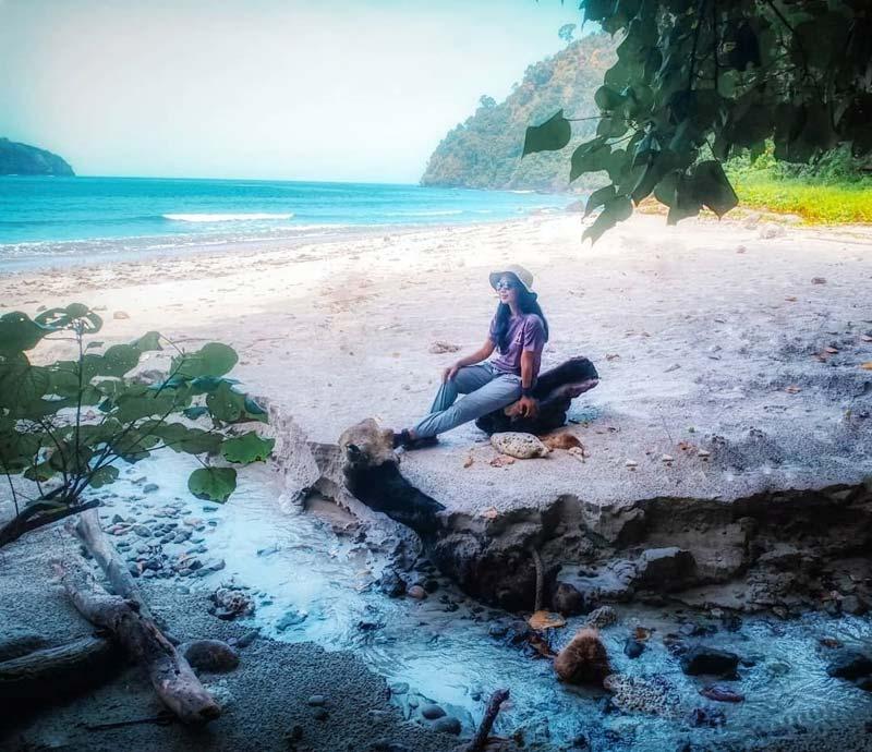 Pantai Wedi Putih Malang