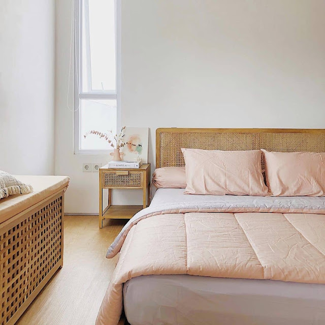 Kamar Tidur Putih Cerah