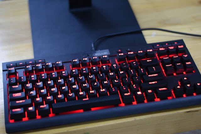 Review Corsair K63 Keyboard