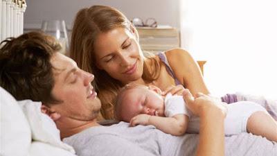 كل شئ عن العلاقة الحميمة بعد الولادة