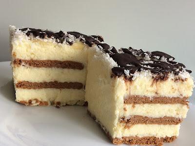 Ciasto z wiórkami kokosowymi i kremem