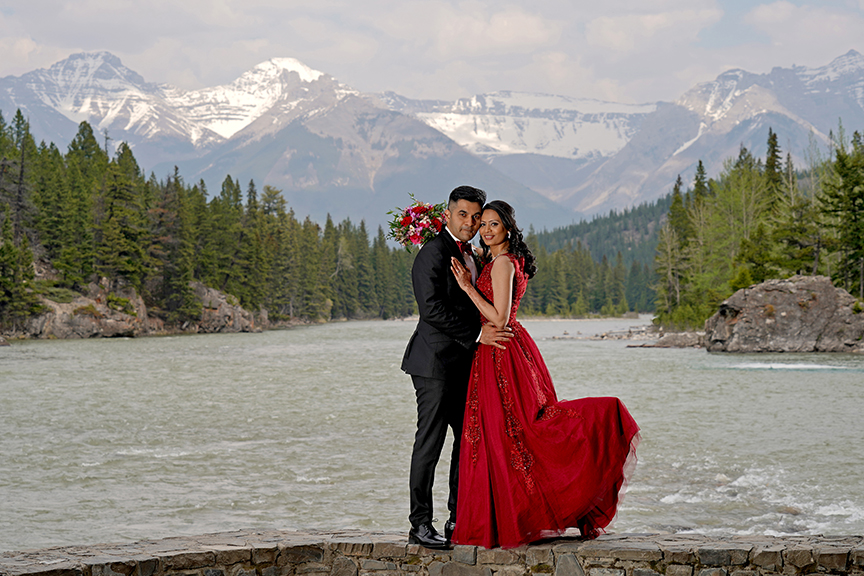 Smoky Elopement in Banff