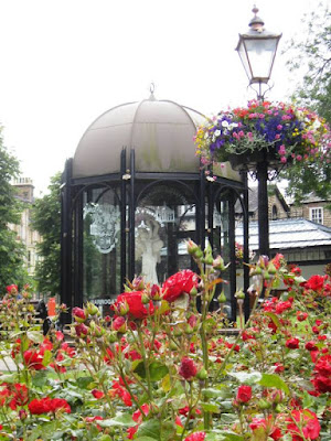 Domed gazebo with roses