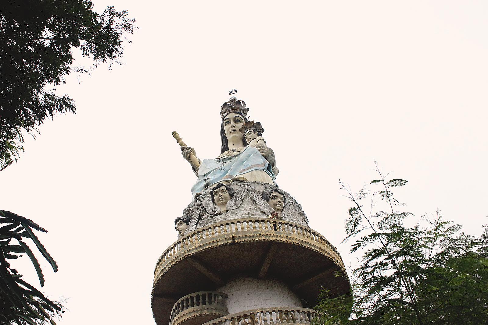 monumento padroeira monte serrat