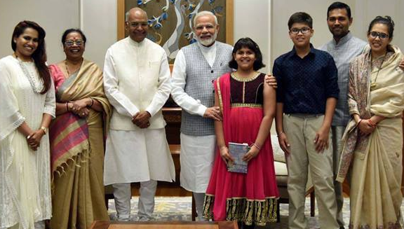 President Ram Nath Kovind's family photo with PM Narendra Modi