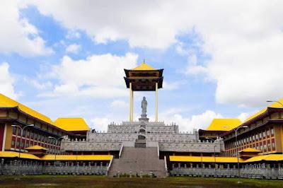 maha karuna buddhist center medan