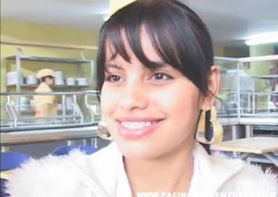 Se Coje a una Adolescente Colombiana