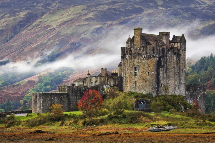Fairy Tail Wallpaper Hd Eilean Donan The Most Famous Castle In Scotland