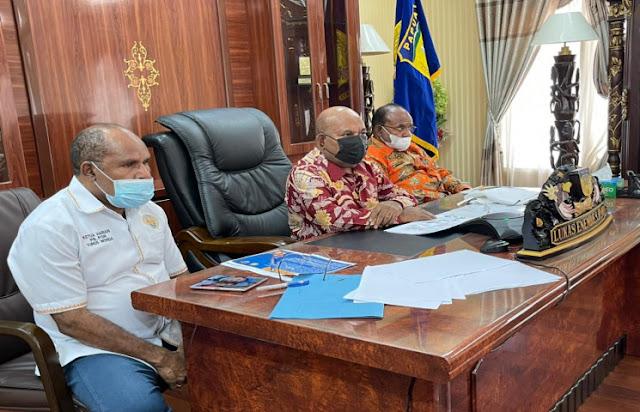Jokowi Minta Lukas Enembe Kebut Vaksinasi Untuk Persiapan PON dan Perparnas Papua.lelemuku.com.jpg