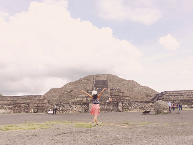 Visiting Teotihuacan Mexico City Day Trip pyramid of the moon