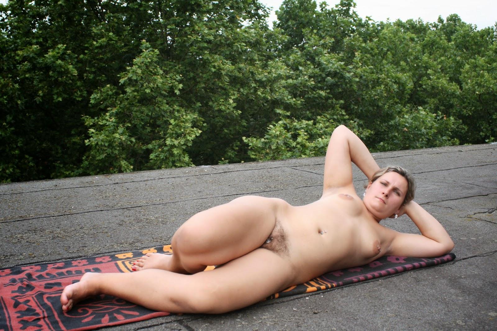 Nude On Roof 70