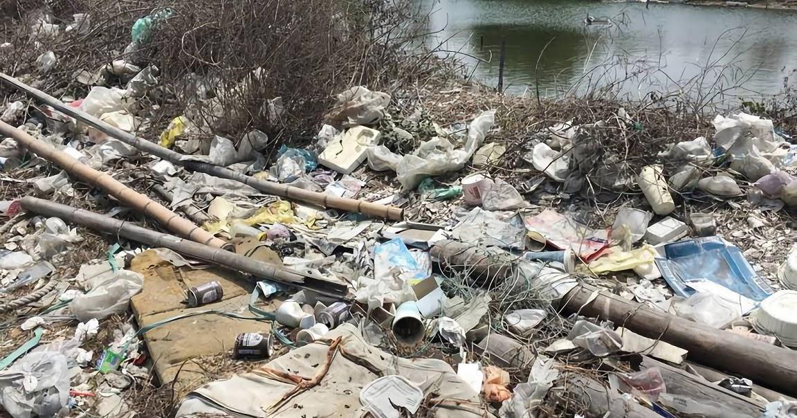 漁光島絢爛背後的殘酷真相|遍地垃圾堆積如山