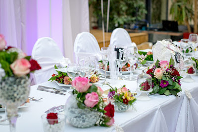 http://www.countybride.co.uk/gloucestershire/wedding_etiquette/the_reception/#seating_plan