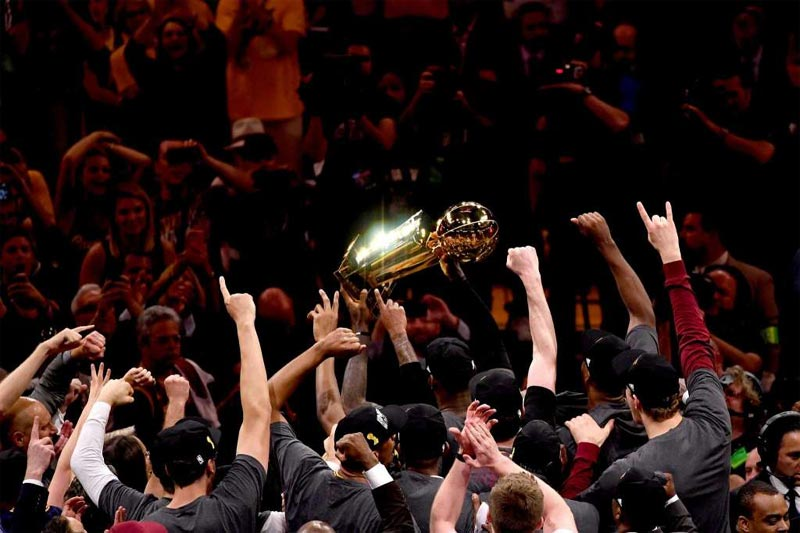 Cleveland Cavaliers becomes 2016 NBA champions after defeating Golden State Warriors 93 - 89