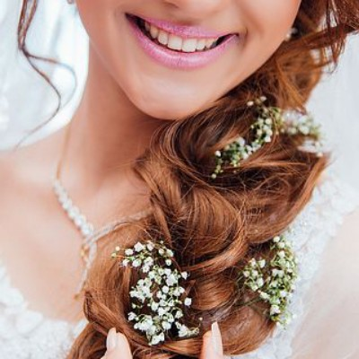 Hairstyle for long hair in wedding 2020