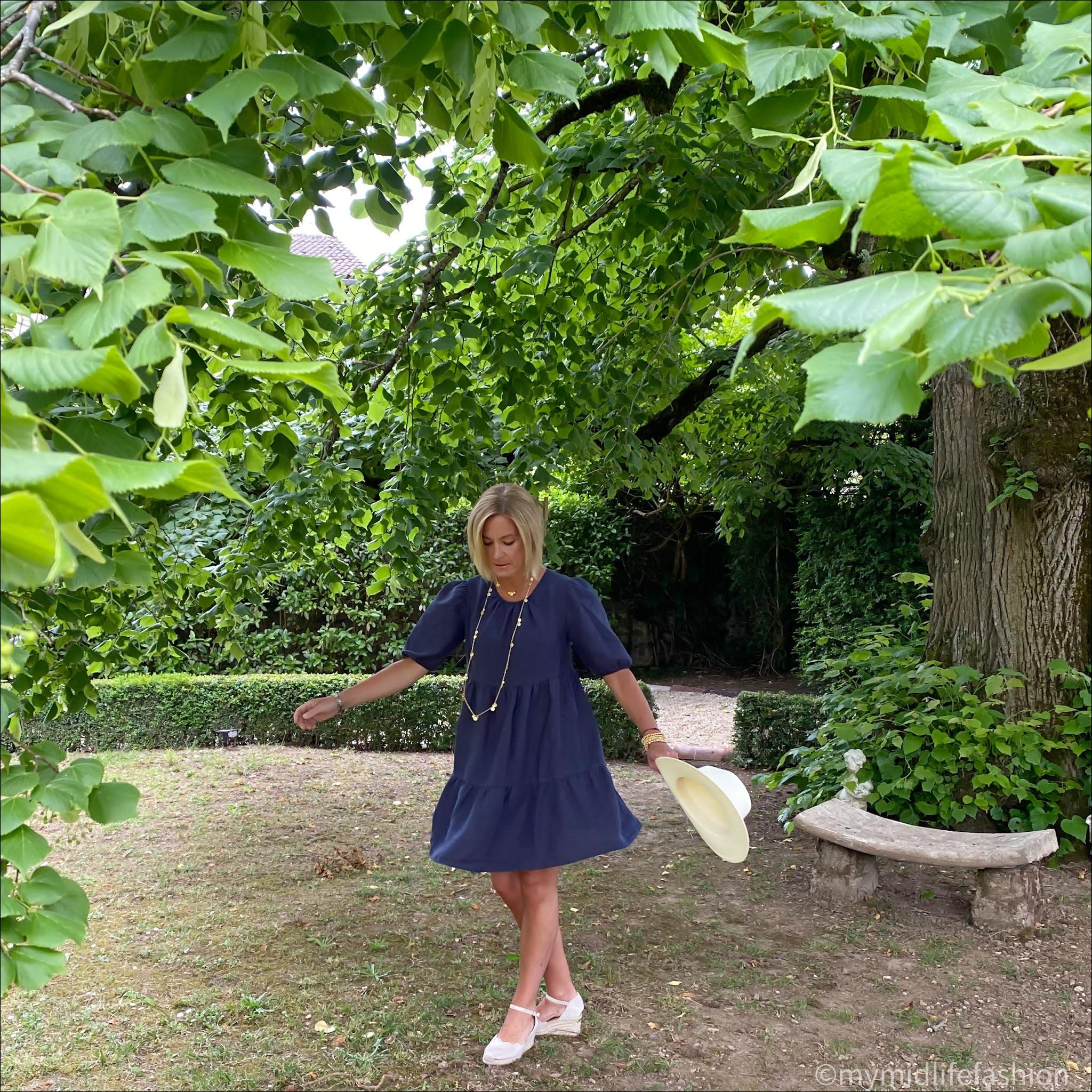my midlife fashion, Baukjen Lucy hemp dress, ashiana coin necklace, Zara Panama hat, carl scrap Brittany metallic wedge sandals