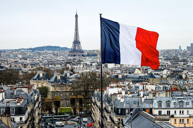 Mais da metade dos franceses não acredita mais em Deus, mostra pesquisa