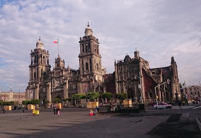 Foto da Catedral. História da Cidade do México, a capital Asteca e mexicana