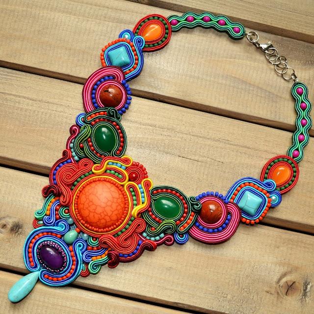 Viva Carnaval- kolorowa kolia sutasz