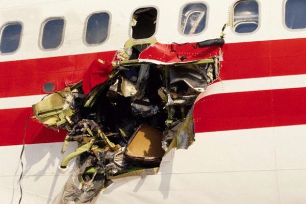 1986: Τρόμος πάνω από το Άργος όταν βόμβα άνοιξε τρύπα σε αεροσκάφος και εκτόξευσε επιβάτες στο κενό