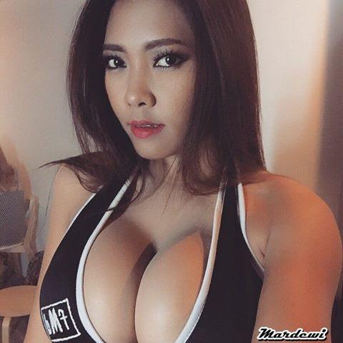 Foto Bugil Hot Spg Mardewi Super Montok Foto Abg Kumpulan Foto Abg Bugil